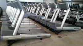 Life Fitness Laufband 93T ! TOP Zustand ! Mit 6 Monate Garantie ! inkl. neuem Laufteppich