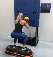 SMARTFIT  INTERAKTIVE TRAININGSSTATION --  DIGITAL FITNESS  - -TRAIN YOUR BRAIN  WHILE YOU WORK OUT  --  HAVE  FUN  --   KOGNITIVES TRAINING --  NEUHEIT AUS USA