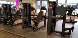 23 Kraftgeräte Gym80 Sygnum - Aufgearbeitet - Neuwertiger Zustand - Transport europaweit möglich