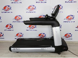 NEW Life Fitness  Elevation Series  SE3 Treadmill - NEW - Exibit - Transport possible throughout Europe