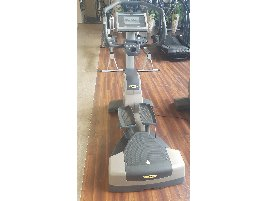 2 x Technogym Excite Wave 700 Tv