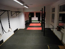 Fitness room incl. equipment for personal trainer