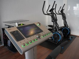 Miha bodytec II EMS Geräte inkl. komplettem Zubehör - 2 Stück (alles doppelt)