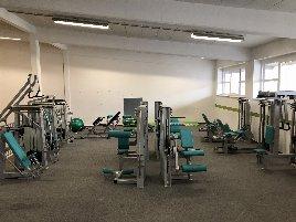 Komplettes Fitnessstudio Gerätepark im top Zustand inkl Stationenturm Ergo-fit
