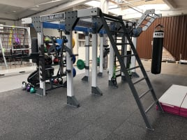 As good as new Cage Functional Training / Cross Fit for 15 persons