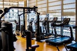 Life Fitness 95X Crosstrainer mit Discover Si Konsole ~ Software Update ~ Studio Logo ~ 10Zoll ~ Generalüberholt ~ 0% Finanzierung für Studios