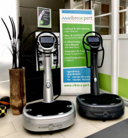 Vibrationstrainer Power Plate My7 2012, netto 5700€ in silber anthrazit