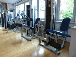 Sale of equipment park 20 Life Fitness Club Series strength equipment from studio resolution