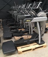 Technogym Vario SP500 / SP700 LED, self-powered, also available in Black, good condition, maintenance new, immediately available, warranty, VAT detectable,