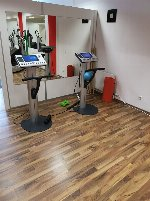 Access now! Modern EMS women's studio in excellent location for sale!