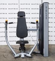Matrix Fitness | Versa Serie | Brustpresse, konvergierend (VS-S13) | Iced Silver | 2016
