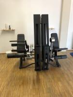 *Schnäppchen* Precor Kompletter Gerätepark Fitnessstudio Cablecross Beinpresse Chin Dip
