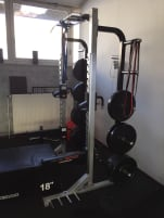 PB Extreme Half Rack with accessories