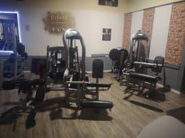 Zum Verkauf steht ein gut laufendes Studio im Großraum Treuchtlingen aus privaten Gründen.