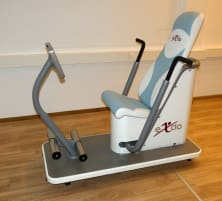 Demonstration devices eXcio 1 x chest / back trainer and 1 x leg trainer