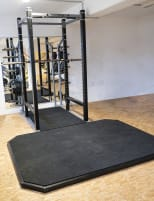 Matrix Fitness - Magnum Power Rack, silver, with studio resolution platform