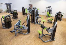 Matrix Fitness - Aura Serie Kraft-Paket aus Studioauflösung