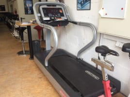 Star Trac E-TRx Laufband in Top Zustand