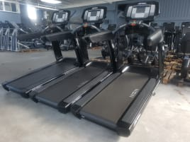Life Fitness Treadmill 95T Elevation Series - Black Edition with Inspire-Console! With 6 months warranty! TOP condition!