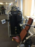 Trickeps machine of the brand Technogym; used, very good condition
