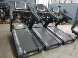 Technogym Excite Run Now 700 LED treadmill - new running carpet - 6 months warranty - TOP condition!