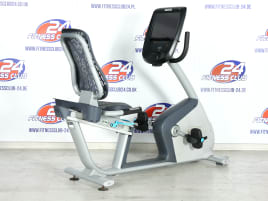 Precor RBK 885 Recumbent Bike - P82-Touchscreen - Console - with eGym compatibel - Refurbished - Like NEW