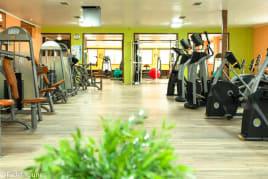 Neues voll eingerichtetes Fitnessstudio auf 1000² zu Vermieten / Verkaufen