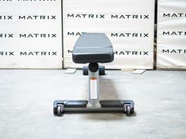 Matrix Fitness   Magnum Serie   Flat Bench (MG-A59) aus Studioauflösung   Iced Silver   2016