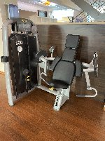 Various cardio and strength equipment after studio dissolution to be sold at a low price! WAYS!