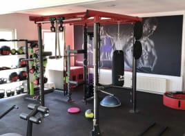 Fitness studio with physiotherapy and EMS Training