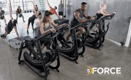 Matrix S-Force Performance Crosstrainer in einem sehr guten Zustand
