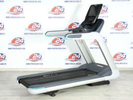 15 x Precor TRM 885 - P82 Console Version 2 - Treadmill / Warranty: 6 months warranty