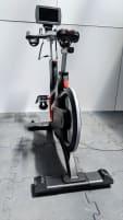 Life Fitness Indoor Cycle IC7 mit MyRide VX Konsole mit Multi Touch Display und 500 verschiedenen Landschaften