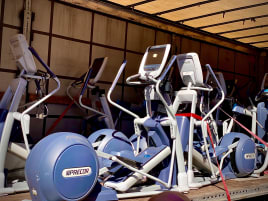 PRECOR cardio & strength equipment package in very good condiction!! 40 pieces!!
