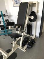 Shoulder trainer side lifting machine