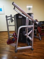 Lat-pull machine from life fitness