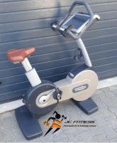 Technogym new bike 700 Visioweb Ergometer Sitzergometer Upright Bike