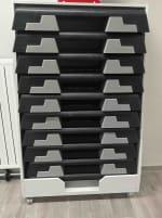 Stepper Reebok eStep - 10 pcs with rolling shelf