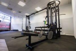 EMS Studio- und Fitnessstudio- Einrichtung  zu verkaufen