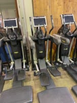 Technogym Excite 700 VARIO crosstrainer Black black model