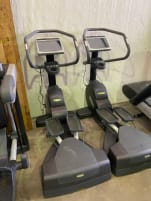 Technogym Excite 700 Wave Crosstrainer black (new model)
