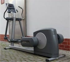 """Life Fitness 93x Crosstrainer """"Delivery free of charge, reconditioned, warranty""""."""