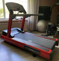 Life Fitness 95Ti / 93T treadmill * incl. your desired painting, delivery free of charge*.