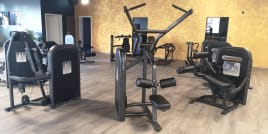 Life Fitness Circuit Series – 9 Stations - Refurbished Ass NEW!!