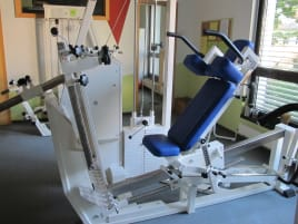Leg press with combined back extension by mkb -Rehalinie