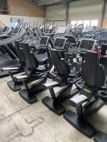 Technogym Cardio Geräte Set Fitnessstudio Laufband Vario Upright Recumbike Top Climb ideal auch für Neugründer, Firmen, Verein, etc.