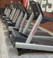 Life Fitness Laufbänder Crosstrainer Ergometer