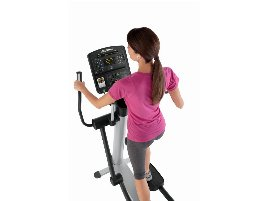 Only while stocks last: Directly from the manufacturer: Life Fitness Integrity Series Cross trainer