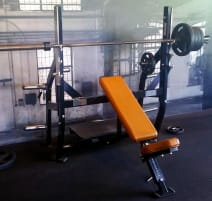 Hammer Strength Olympic Incline Bench - Refurbished - Top Condition !! Transport !