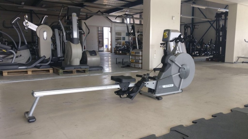 Used Rowing Machine >> Ad Rowing Machine Matrix Fitness New And Used